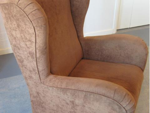 tuoli isoäidinneliöstä