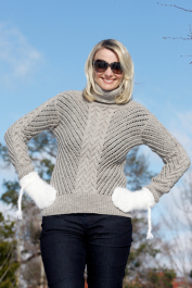 Womans Cable and Lace Pullover Novita 7 Veljestä (7 Brothers)