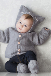 Hooded cardigan for babies Novita Baby Wool