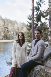 Cottager cable cardigan Novita Nordic Wool
