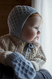 Novita Merino DK: Sintti baby bonnet