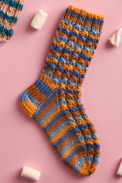 Novita Muumihahmot: Eväsretki rannalla (A Seaside Picnic) socks