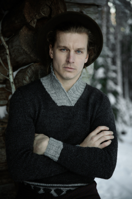 Men's traditional Jussi sweater with shawl collar Novita 7 Veljestä