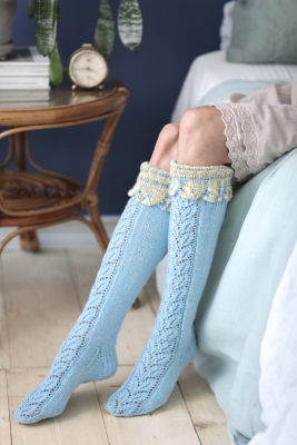 Long lace socks Novita Nalle and Nalle Taika