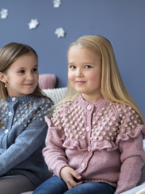 Children's cardigan Novita 7 Veljestä and Nalle Pelto