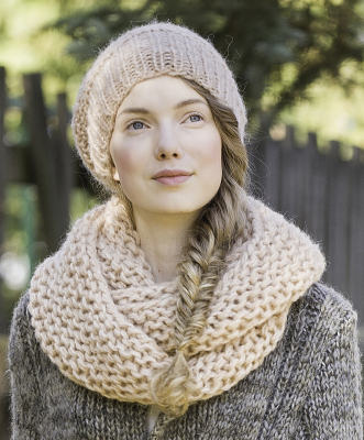 Knitted Cowl and Beanie Novita Lehto (Grove)