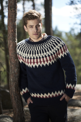 Men's knitted sweater Novita Isoveli and Nalle