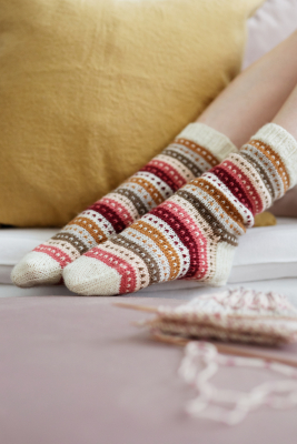 Easy knitted socks Novita Nalle, Nordic Wool and Wool Cotton