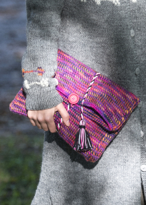 Tunisian Crochet Clutch Novita 7 Veljestä Polaris and Multiraita