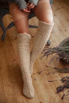 Novita Nalle: Dolce cable socks