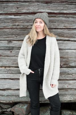 Tundra-neuletakki Novita Isoveli