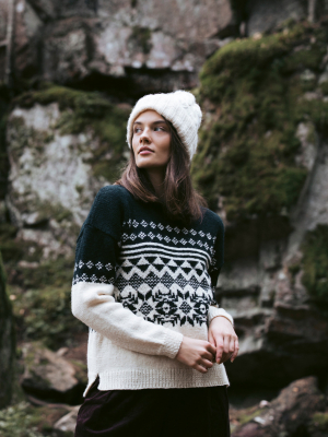 Adventurer colourwork sweater Novita Nordic Wool