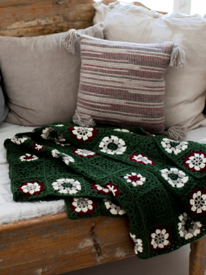 Crocheted blanket Novita Nordic Wool