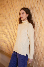 Lumi cabled sweater Novita Nordic Wool