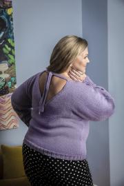 Novita Woolly Wood: Viola sweater- Nur auf English