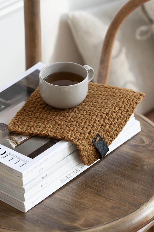Kesäextra 2020, Malli 14, Aamukahvi-pannunalunen Novita Nordic Wool