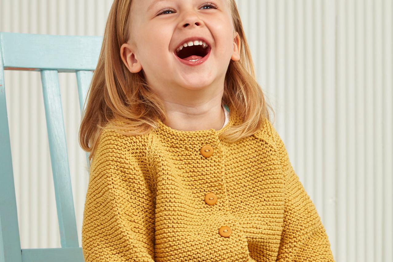 Hösten 2017, Modell 45, Stickad barnkofta Novita Wool Cotton