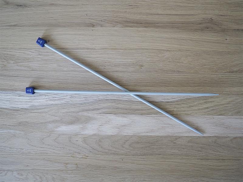 Single-pointed needles